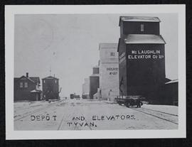 Tyvan station and grain elevators