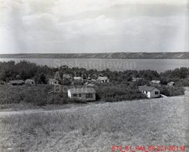 [Cottages, Beaches, and Tourist Views of Lebret, Indian Head, Ft. Qu'Appelle, and Echo and Katepw...