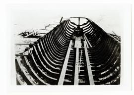 Constructing the hull of a steamboat